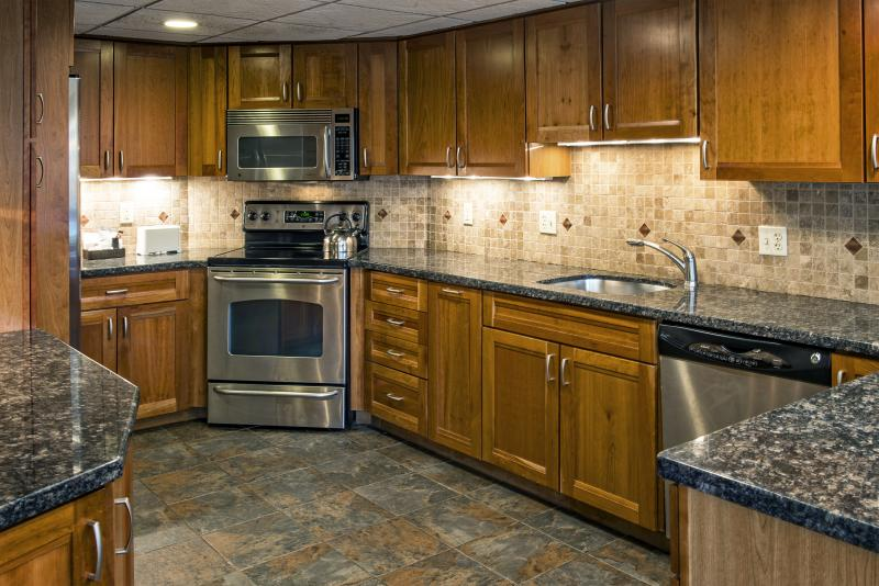 Alpenglow Suite Kitchen
