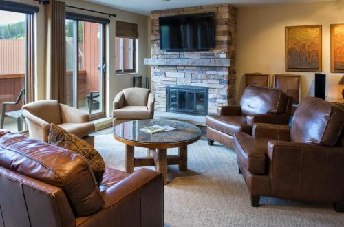 Alpenglow Suite Living Room at Beaver Run Resort Breckenridge