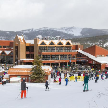 people skiing in to Coppertop bar