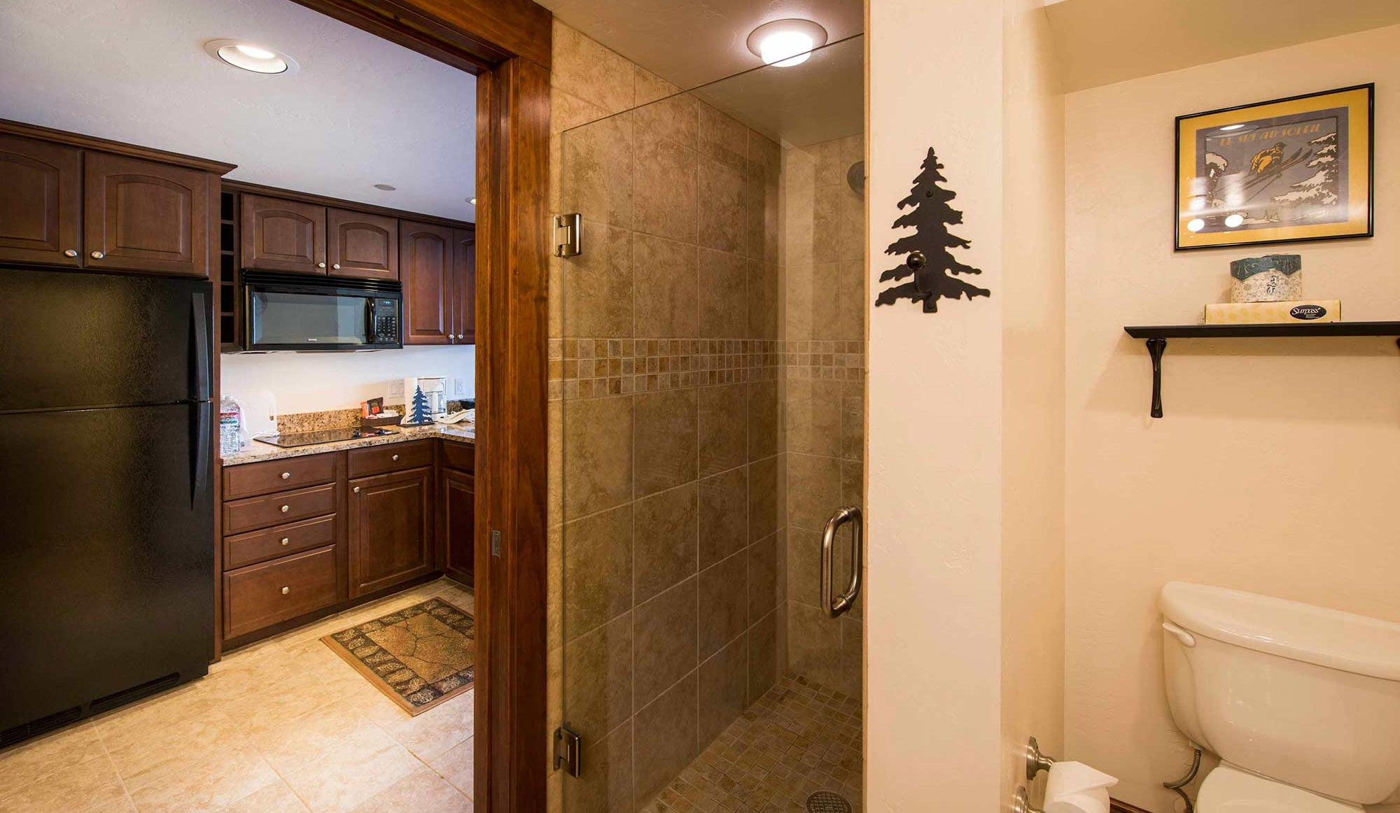 Beaver Run Resort Studio Bathroom in Breckenridge