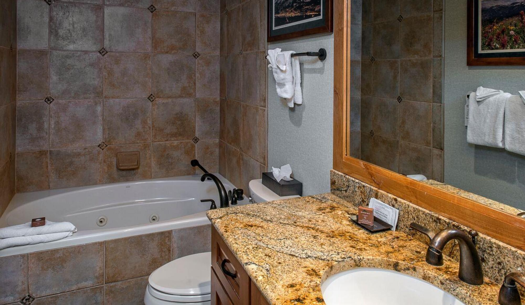 Alpenglow Executive Suite in Breckenridge Master Bathrom