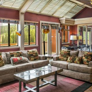Beaver Run Resorts Imperial Suite's Living Room is a Wonderful Place for Family and Friends to Gather.