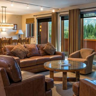 Alpenglow Executive Suite in Breckenridge Family Room