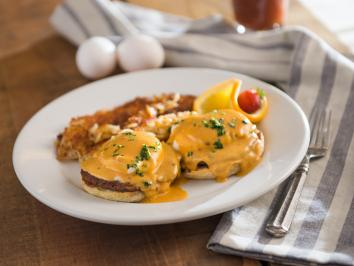 Spencer's Breakfast eggs benedict